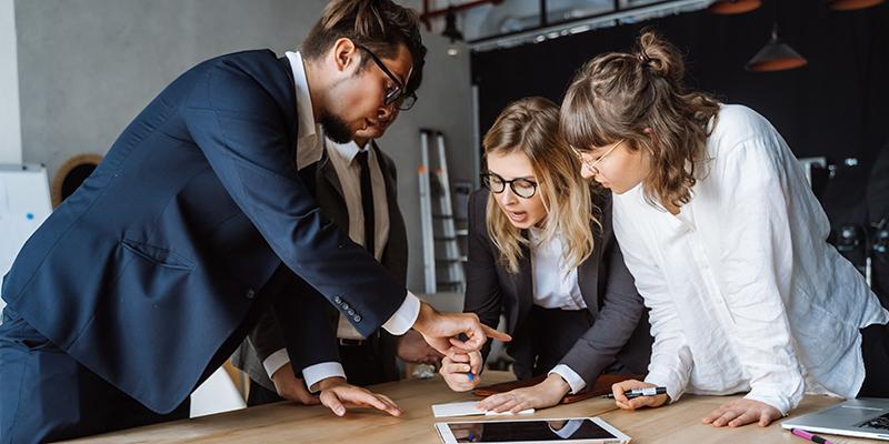 Giám đốc kinh doanh đóng vai trò gì trong doanh nghiệp?