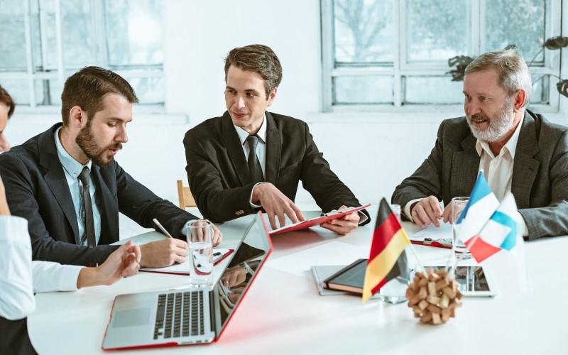 Vai trò của giám đốc điều hành trong tư vấn ban lãnh đạo