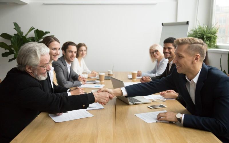 Kinh nghiệm công việc của giám đốc kinh doanh